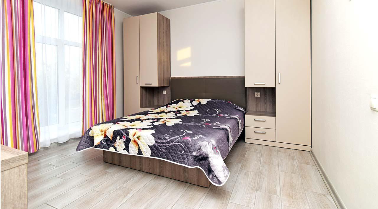 Однокімнатні апартаменти з кухнею студіо